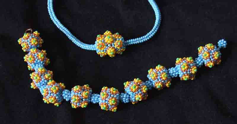 Beaded beads jewelry by Svetlana Rogatykh