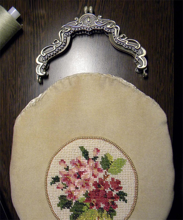 Olga Orlova. Beaded Handbag Step 1